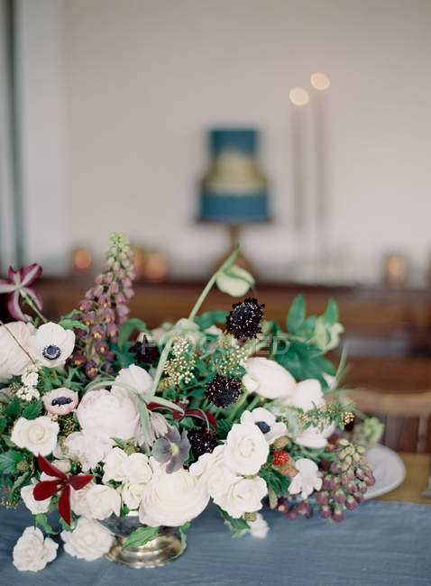 Hochzeit Blumenarrangement — Stockfoto