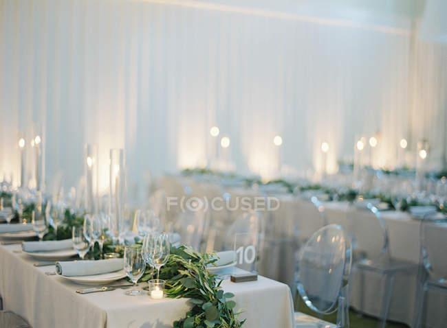 Весілля таблиць налаштування — стокове фото