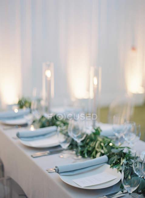 Hochzeitstisch Mit Kerzen Schone Analoge Fotografie Stock Photo
