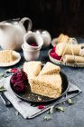 Homemade honey cake — Stock Photo