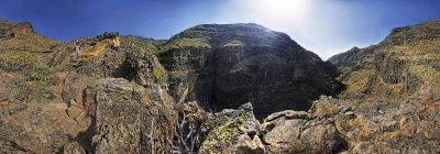 Каньон де Guarimiar Barranco с турист — стоковое фото