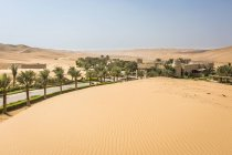 Qasr Al Sarab Desert Resort by Anantara — Stockfoto