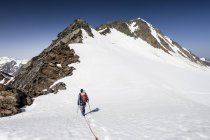 Climber on descent from Wildspitze — Stock Photo