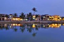 Centro storico della città di fiume Thu Bon, Hoi An, Vietnam, sud-est asiatico, Asia — Foto stock