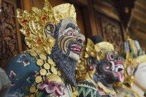 Wooden carved figures of deities, Ubud, Bali, Indonesia, Asia — Stock Photo
