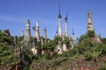 Pagoda Forest of restored stupas, Inle Lake, Shan State, Myanmar, Asia — Stock Photo
