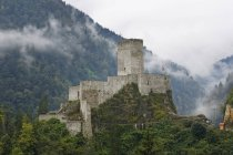 Zilkale medieval castle in Firtina Valley, Rize Province, Pontic Mountains, Turkey — Stock Photo