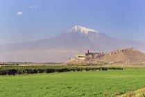 Khor Virap monastery in front of Mount Ararat, Armenia, Asia — Stock Photo