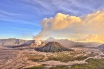 Smoking volcano Gunung Bromo in Bromo Tengger Semeru National Park, Java, Indonesia, Asia — Stock Photo