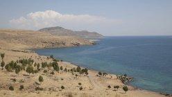 Озеро Ван і гори в Туреччині Ван провінції, східної Анатолії регіону, — стокове фото