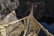 Inca Seil-Brücke aus geflochtenem Gras in Fluss Apurimac, Peru, Südamerika — Stockfoto
