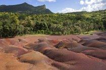 Formação geológica de sete terras coloridas de Chamarel, Maurícia, África — Fotografia de Stock