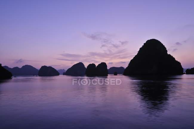 Halong Bay, Vietnam, sud-est asiatico — Foto stock