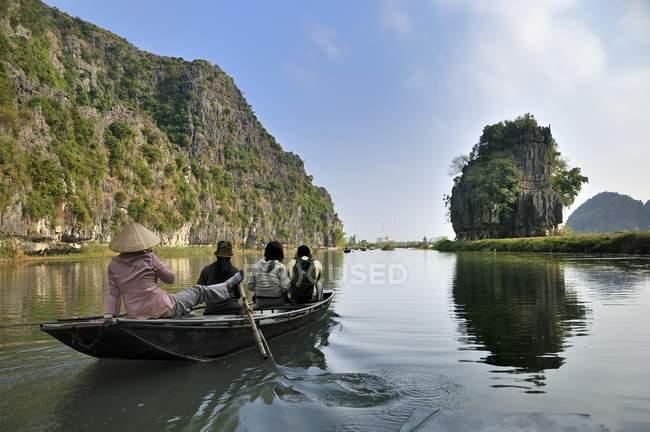 Near Ninh Binh, Tam Coc Caves — Foto stock