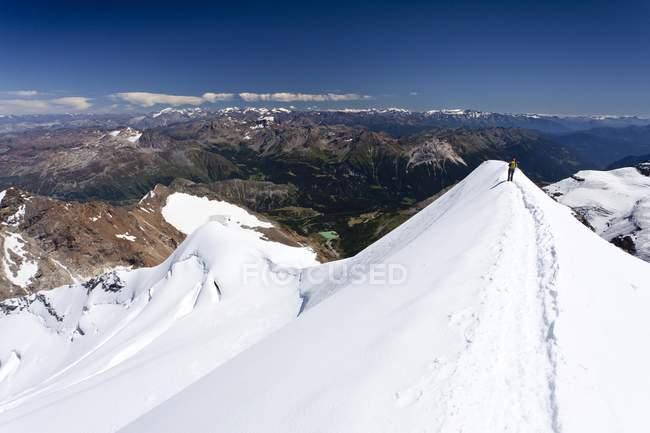 Kletterer absteigenden Mt Piz Palu — Stockfoto
