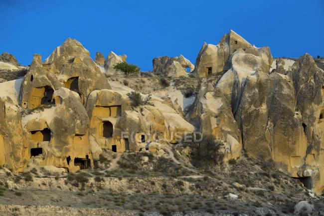 Kalktuff-Formationen der Nationalpark Göreme, Kappadokien, Türkei, Asien — Stockfoto