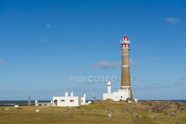 Faro in villaggio del Parco Nazionale Cabo Polonio, Provincia Rocha, Uruguay, Sud America — Foto stock