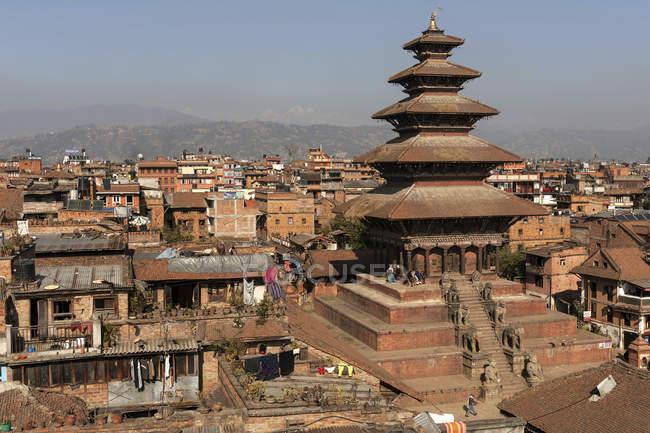 Temple de Nyatapola et toits de la ville Bhaktapur, Népal, Asie — Photo de stock