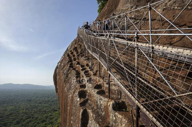 Stairs at Sigiriya Lion Rock fortress in Central Province of Sri Lanka, Asia — Stock Photo