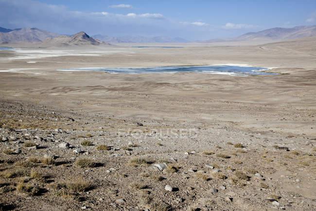 Salzsee am Pamir Highway in Provinz von Gorno-Badakhshan, Tadschikistan, Asien — Stockfoto