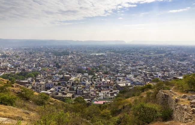 Erhöhten Stadtbild der Stadt Jaipur in Rajasthan, Indien, Asien — Stockfoto
