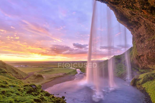 Cascata di Seljalandsfoss al tramonto, Islanda, Europa — Foto stock