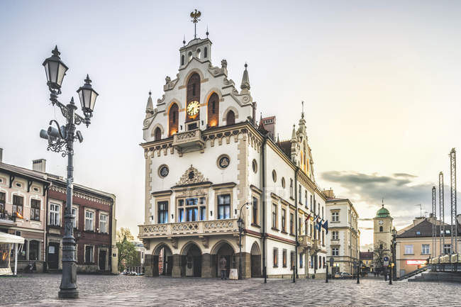 Historic city hall in center of Rzeszow, Podkarpackie, Poland, Europe. — Stock Photo