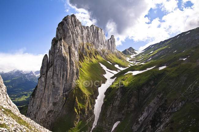 Kreuzberge mountain range of Alpsteingebirge mountains, Rheintal valley, Canton Appenzell Innerrhoden, Switzerland, Europe — Stockfoto