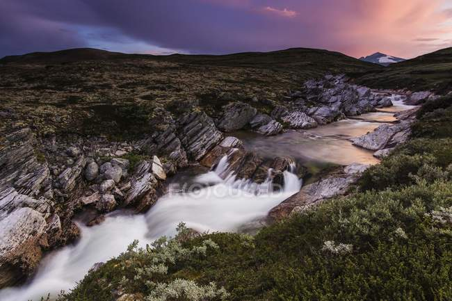 River Stropla after sunset, Snohetta mountains, Dovrefjell, Norway, Europe — Stock Photo