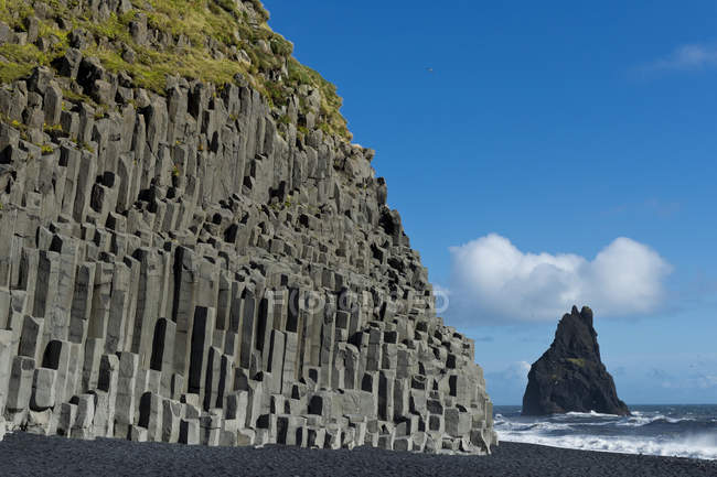 Basalt columns of Reynisfjara beach, South Coast, Iceland, Europe — Stock Photo