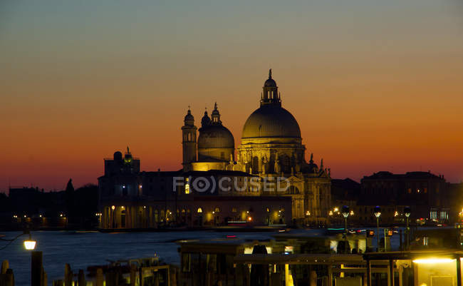 Santa Maria della Salute church at sunset, Venice, Italy, Europe. — Stock Photo