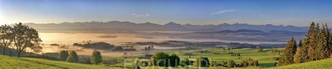 Panorama del Monte Auerberg in Baviera, Germania, Europa — Foto stock