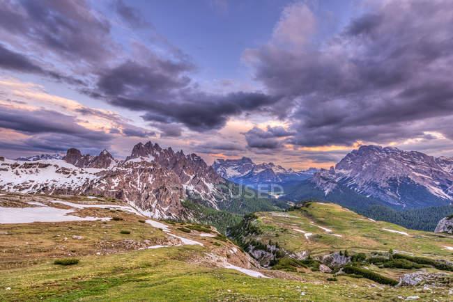 Cadini di Misurina mountain massif of Sorapiss and Cristallo mountains, Sexten Dolomites, Sesto Dolomites, South Tyrol, Italy, Europe — Stock Photo