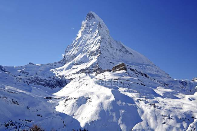 Snow-capped Matterhorn peak in Zermatt, Mattertal, Valais, Switzerland, Europe — Stockfoto