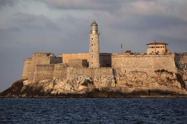 Lighthouse and Morro Castle at sunset in Havana, Cuba, Central America — Stock Photo
