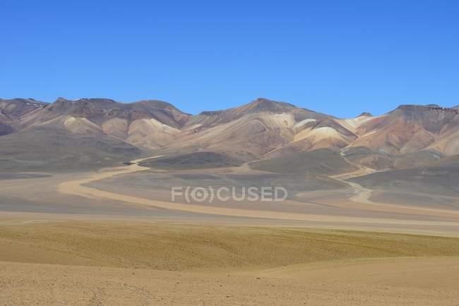 Montañas de colores pastel en el altiplano andino Altiplano, Sur Lípez, Bolivia, Sur América - foto de stock