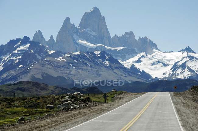 Fitz Roy and Cerro Torre of Los Glaciares National Park, Patagonia, Argentina, South America — Stock Photo