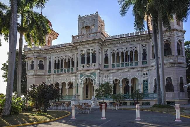 Facade of Palacio del Valle, Punta Gorda, Cienfuegos Province, Cuba — Stock Photo
