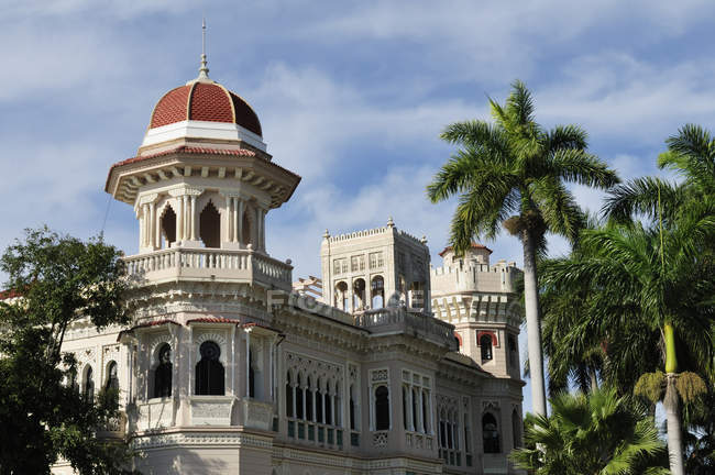 Здание Паласио де Валье, Пунта Горда, провинция Сьенфуэгос, Куба — стоковое фото