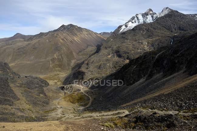 Landschaft der Anden mit wichtigen Inca übergeben, Abteilung von La Paz, Bolivien, Südamerika — Stockfoto