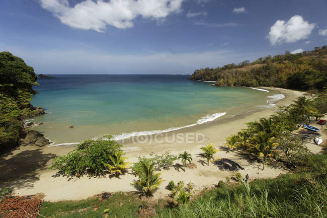 Beach at lagoon in Bloody Bay, Trinidad and Tobago, North America - foto de stock
