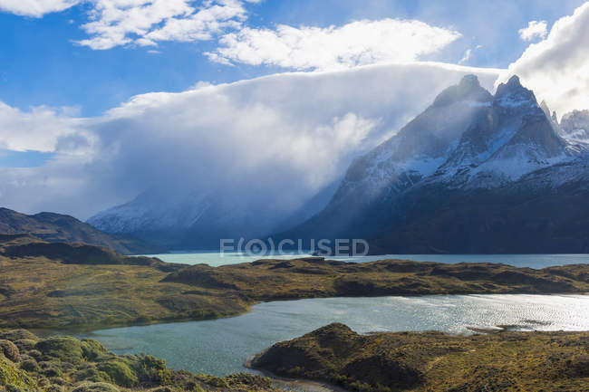 Cloud formation over Lago Nordenskjold, Torres del Paine National Park, Chile — Stock Photo
