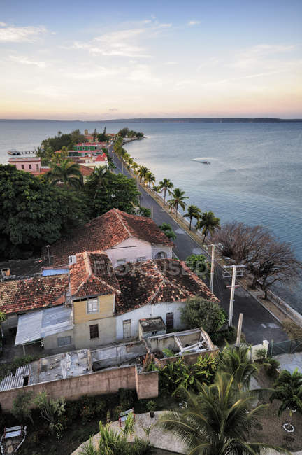 Дома на полуострове Пунта Горда, провинция Сьенфуэгос, Куба — стоковое фото
