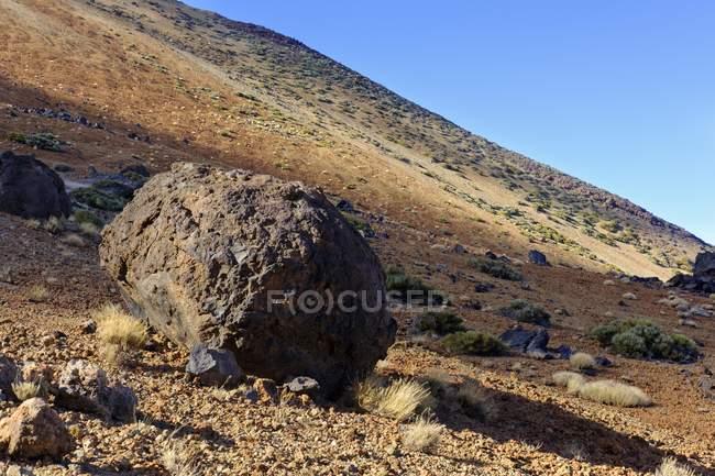 Boules de lave Huevos del Teide du Parc National de Teide, Tenerife, îles Canaries, Espagne, Europe — Photo de stock