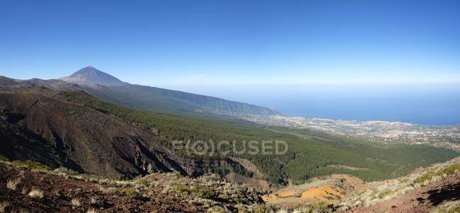 Pico del Teide volcano and Orotava Valley, Teide national park, Tenerife, Canary Islands, Spain, Europe — Stock Photo