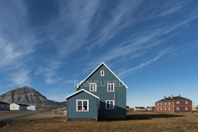 Houses of German Koldewey Research Station for Arctic and Marine Research, Ny-Alesund, Spitsbergen, Svalbard and Jan Mayen, Norway, Europe — Stock Photo