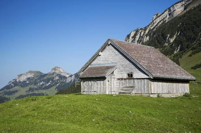 Berghütte und Hoher Kasten Berg im Alpstein Berge, Appenzell, Schweiz, Europa, Europa — Stockfoto