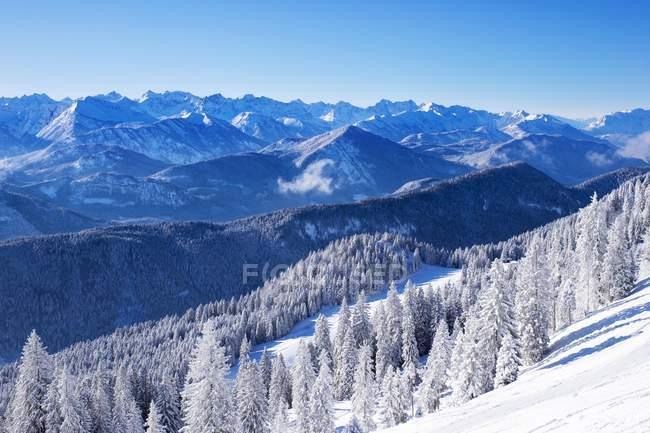 Snowy mountain slope, Brauneck, Isarwinkel, Karwendel Mountains behind, Upper Bavaria, Bavaria, Germany, Europe — Stock Photo