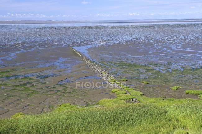 Низька хвиля на Wwden море з приливної струмків, Морасум, Зильт, північно-Фризька острови, Північна Frisia, Шлезвіг-Гольштейн, Німеччина, Європа — стокове фото