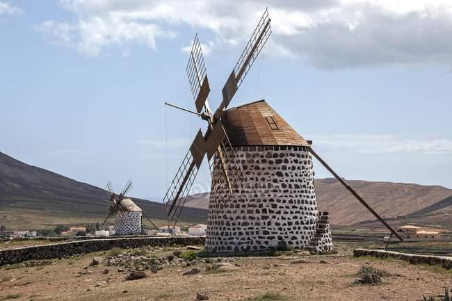 Moinho de vento em Villaverde, Molino de Villaverde, Fuerteventura, Ilhas Canárias, Spain, Europa — Fotografia de Stock